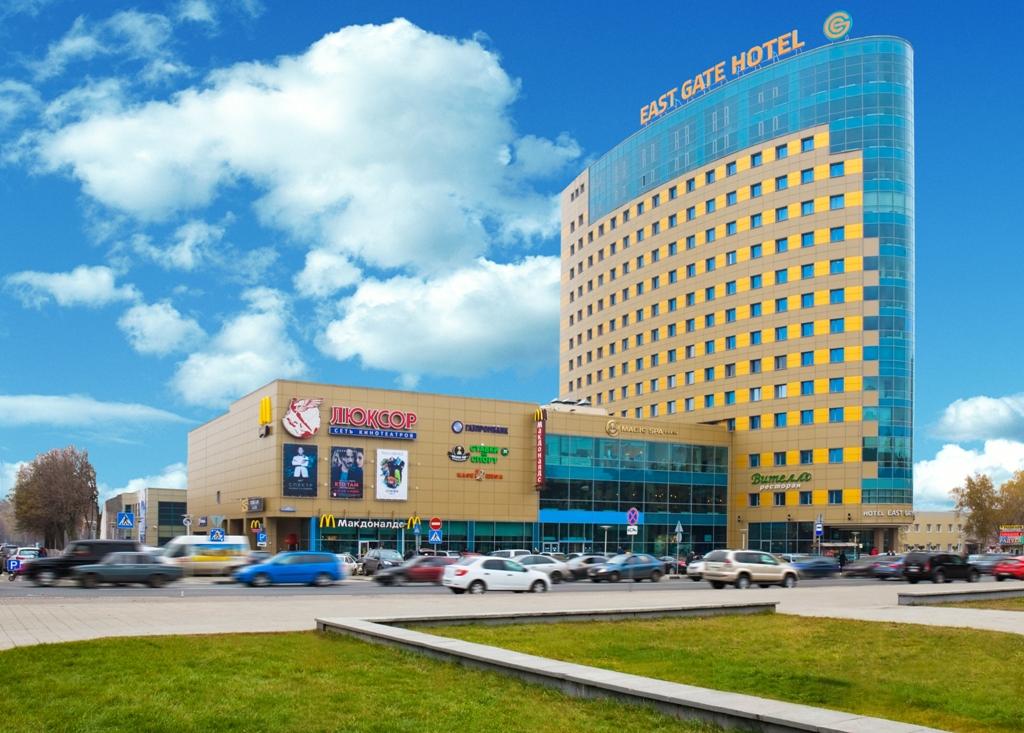 Многофункциональнsq комплекс «East Gate», состоящий из Торгово-развлекательного комплекса «Октябрь-Киномир», отеля бизнес-класса «East Gate» и делового центра «East Gate», по адресу: г. Балашиха, проспект Ленина, дом 25.